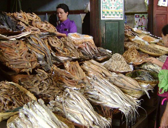Mercado en Naypidó, Myanmar