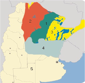 Gráfico 1. Áreas de aptitud ecológica de Rhipicephalus microplus en Argentina. 1)- Área intermedia: Déficit hídrico anual <200 mm; 3-4 meses del año con Tº < 15.4ºC. 2)- Área intermedia: Déficit hídrico anual <200- 500 mm; 3-4 meses del año con Tº < 15.4ºC. 3)- Área favorable: Déficit hídrico anual <200 mm; 1 mes del año con Tº < 15.4ºC. 4)- Área erradicada por la campaña de lucha contra la garrapata. 5)- Área naturalmente libre. En azul se indican las zonas de anegamiento. Adaptado de Nava et al. 2012.